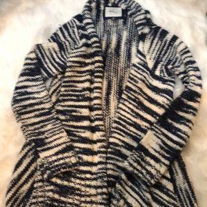 Cotton On knit wear cardigan sweater size medium.